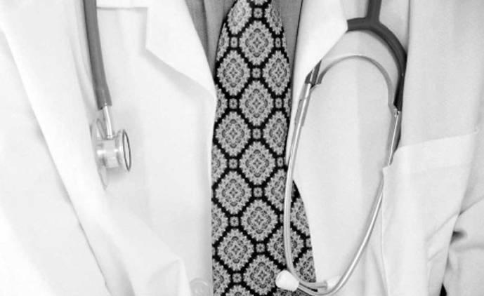 Suicidio assistito. Il paternalismo dei medici