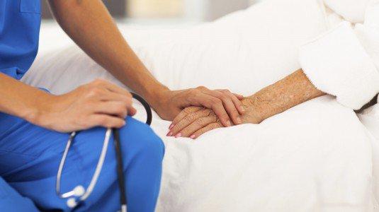 Comitato Nazionale Bioetica: non confondere sedazione profonda con eutanasia