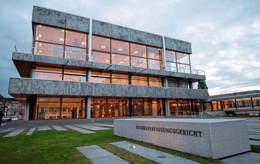 Anche in Germania incostituzionale il reato di assistenza medica al suicidio